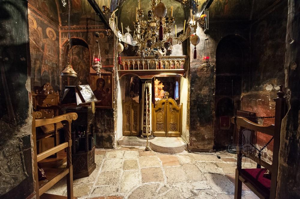 Μερική άποψη του Καθολικού με το Ιερό Βήμα, όπως είναι σήμερα. (Φωτογραφία 2016).