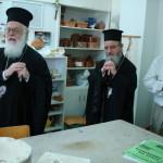 με τον αρχιεπίσκοπο Αλβανίας